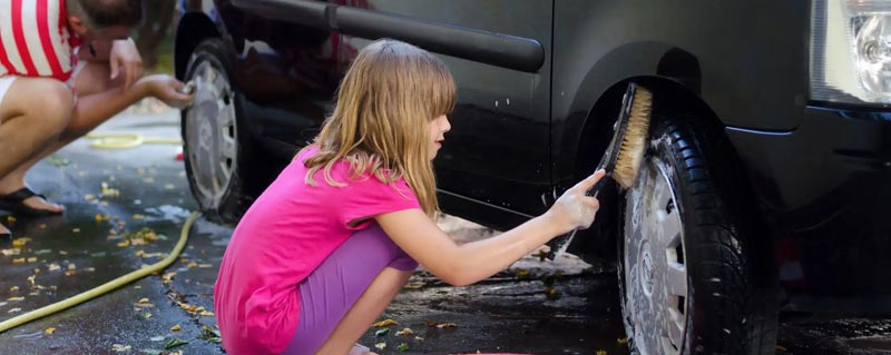 como lavar tu carro